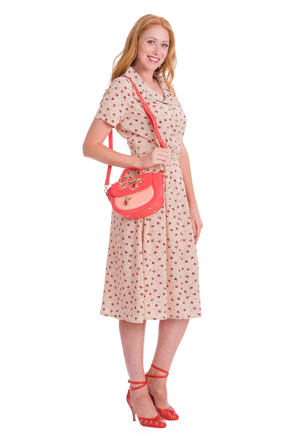 Banned Retro 40s Lady Pearl Swing Cream Floral Dress