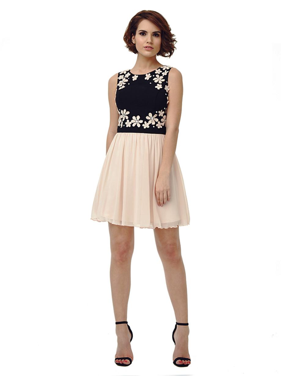 Chi Chi Daisy Dress