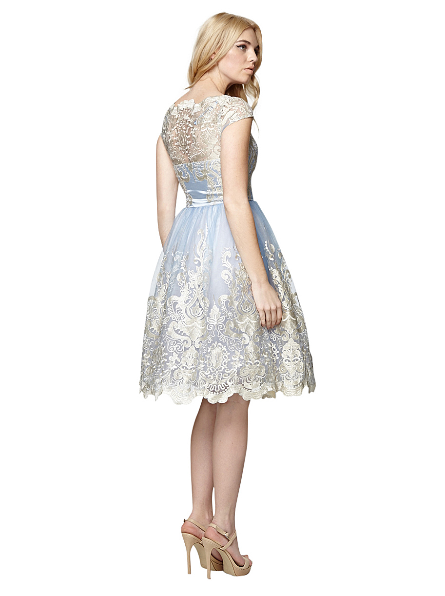 Disney Frozen Elsa Dress out of 5 stars 1, $ Alead Princess Elsa Dress Up Party Accessories et Gloves, Tiara, Wand And Necklace, Lake Blue, 4 Piece out of 5 stars $ Snow Queen Princess Elsa Costumes Birthday Dress Up For Little Girls with Crown,Mace,Gloves Accessories Years Reviews: K.