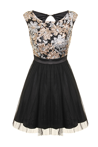 On-point for any semi-formal, this short skater-style party dress has a look that's all its own. Raisin red glitter chenille gives this little party dress an irresistible sparkle, as well as a figure-defining a-line shape.